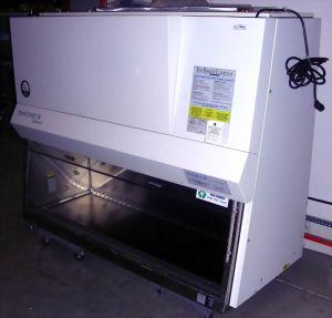 Baker SterilGard III SG603 Advance,A Laminar Flow Biohazard Hood