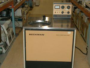 Beckman J-21C Floor-model, High-speed, Refrigerated Centrifuge