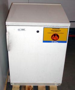 fisher scientific    explosion proof refrigerator freezer fridge labequip