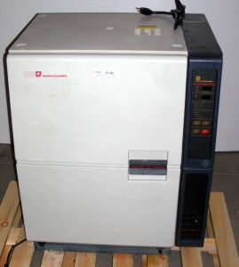 Forma Scientific 3193 Water-Jacketed CO2 Incubator