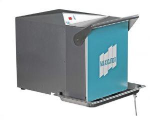 IUL Maxicator (3500ml) Digital Lab Blender