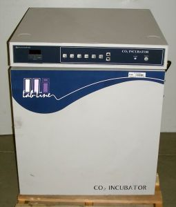 Lab-Line 490 Forced-Air CO2 Incubator