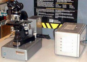 Leitz  Fluorescence Microscope