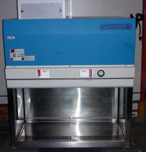 Microzone BioKlone BK-2-4-B3 (II/A2) Laminar Flow Biohazard Hood