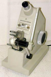 Milton Roy 33.46.10 Bench-type, Abbe Refractometer