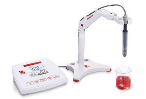 OHAUS ST3100C-F Digital, Bench-model Conductivity-TDS-Salinity Metr