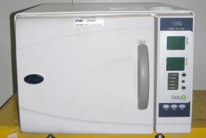 Pelton Crane Delta AF Bench-model Autoclave Sterilizer