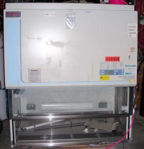 Thermo Forma 1440 Class II, A2 Laminar Flow Biohazard Hood