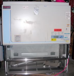 Thermo Forma Scientific 1440 Class II, A2 Laminar Flow Biohazard Hood
